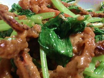 イカげそと小松菜の唐辛子味噌マヨ炒め